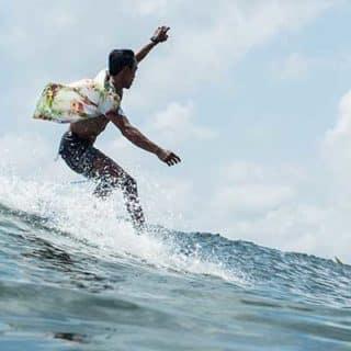 surf-instructor-bali-ekumenik