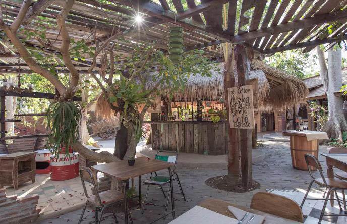 alchemist organic restaurant balangan bali