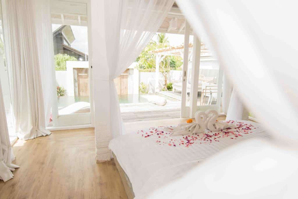 beautiful honeymoon villa surf accommodation bali