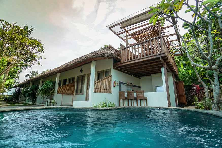 sun house standard room pool bali