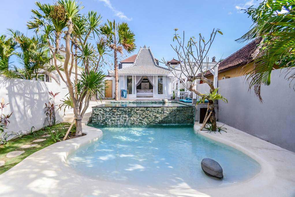Villa Surf Stay in Bali